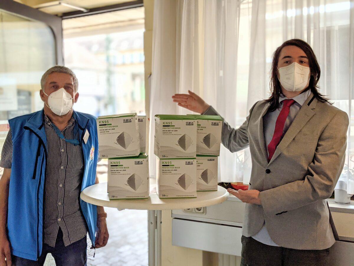 400 Schutzmasken für die Bahnhofsmission Saarbrücken